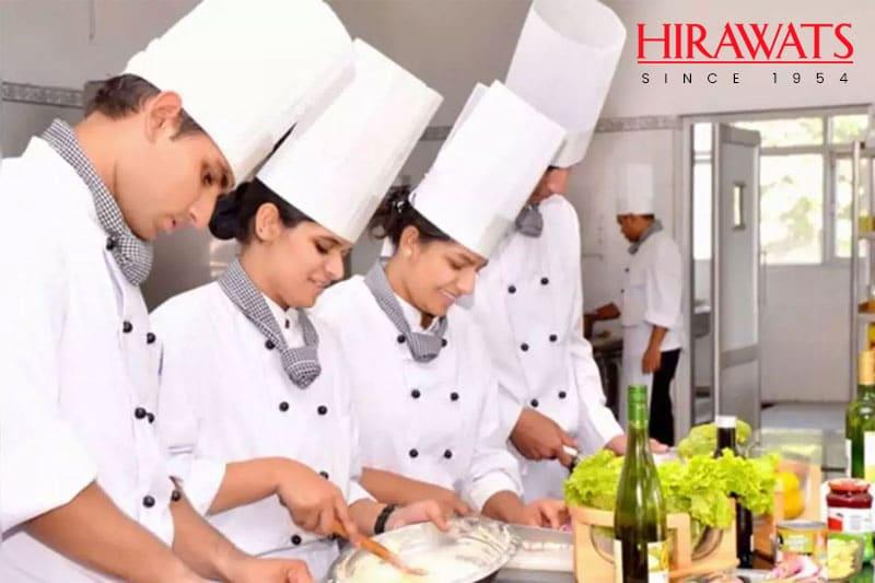 restaurant-staff-uniform