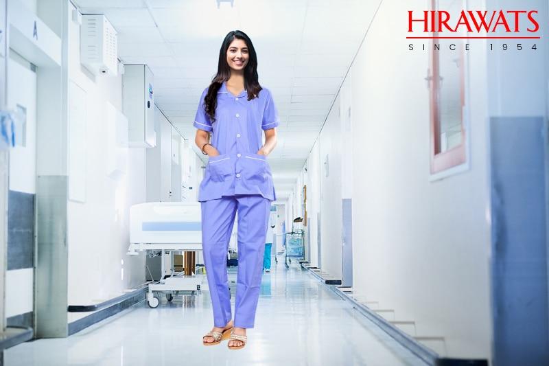 Nurse uniform with pockets